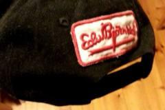 EB merke på caps